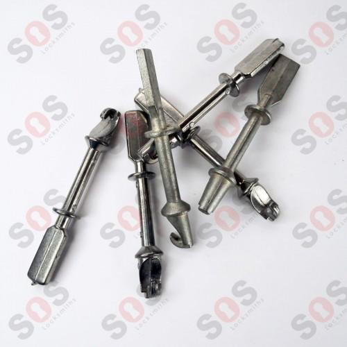 Накрайник за ключалка на врата 71 мм.