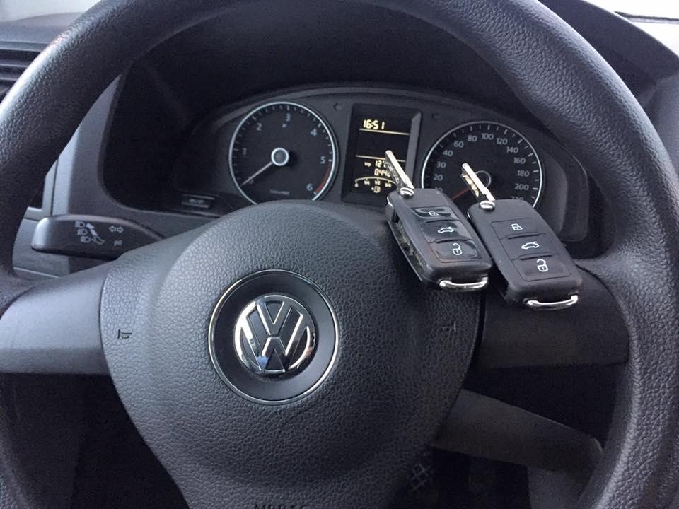 Изработка на втори ключ на VW CARAVELLE 2013 година